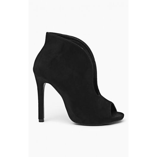 Dámske topánky s otvorenou špičkou čiernej farby