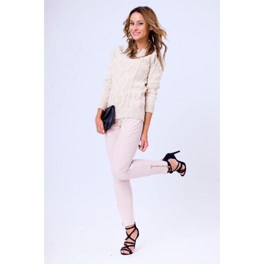Pletený dámsky sveter béžovej farby