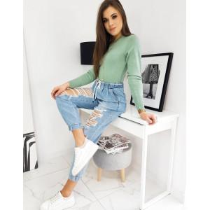 Krásny hráškovo zelený dámsky sveter s dlhým rukávom