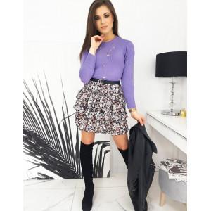 Krásny dámsky sveter v módnej fialovej farbe
