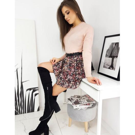 Jednofarebný dámsky ružový sveter pasentného strihu