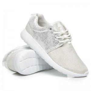 Dámska športová obuv bielo striebornej farby