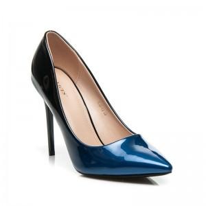 Čierne dámske lodičky s modrou špičkou