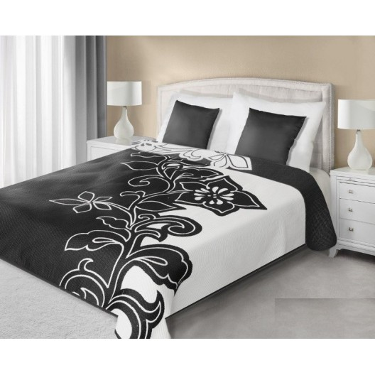 Prehoz na posteľ čierno bielej farby s motívom kvetu