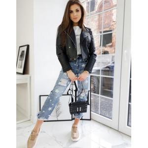 Moderná dámska čierna krátka kožená bunda s efektnými cvokmi