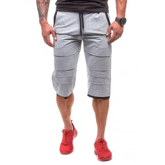 Sivé pánske športové kraťasy s čiernym lémovaním na vreckách