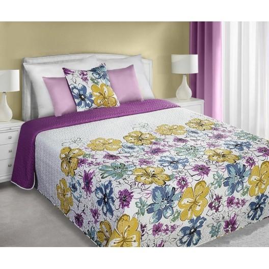 Prehoz na posteľ bielo fialovej farby so žltými a modrými kvetmi