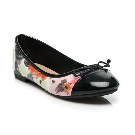 Dámske topánky čiernej farby s motívom maľovaných farebných kvetov