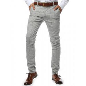 Pohodlné pánske Chinos nohavice v sivej farbe s prúžkami