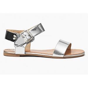 Strieborné dámske sandále s bočným zapínaním