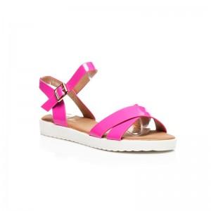 Moderné dámske sandále v ružovej farbe