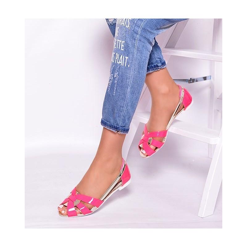 Letné dámske sandále v ružovej farbe - fashionday.eu a803bbb7ae1