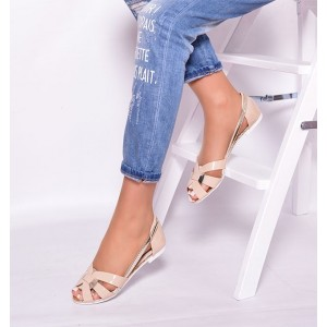Štýlové dámske sandále v béžovej farbe