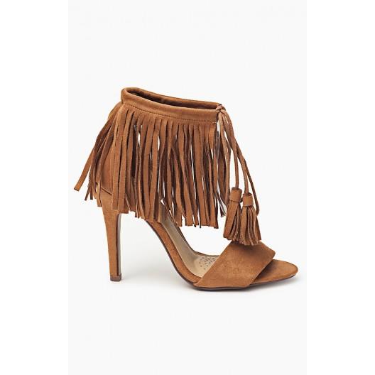 Elegantné hnedé sandále pre ženy so strapcami