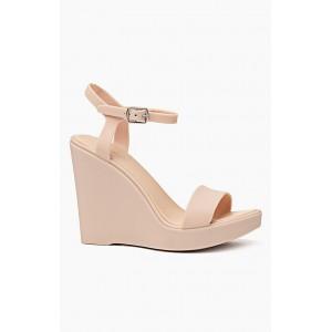 Vysoké dámske sandále v béžovej farbe