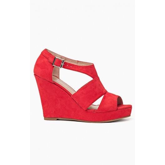 Sandále v červenej farbe pre ženy s platformou