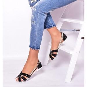 Letné dámske sandále čiernej farby