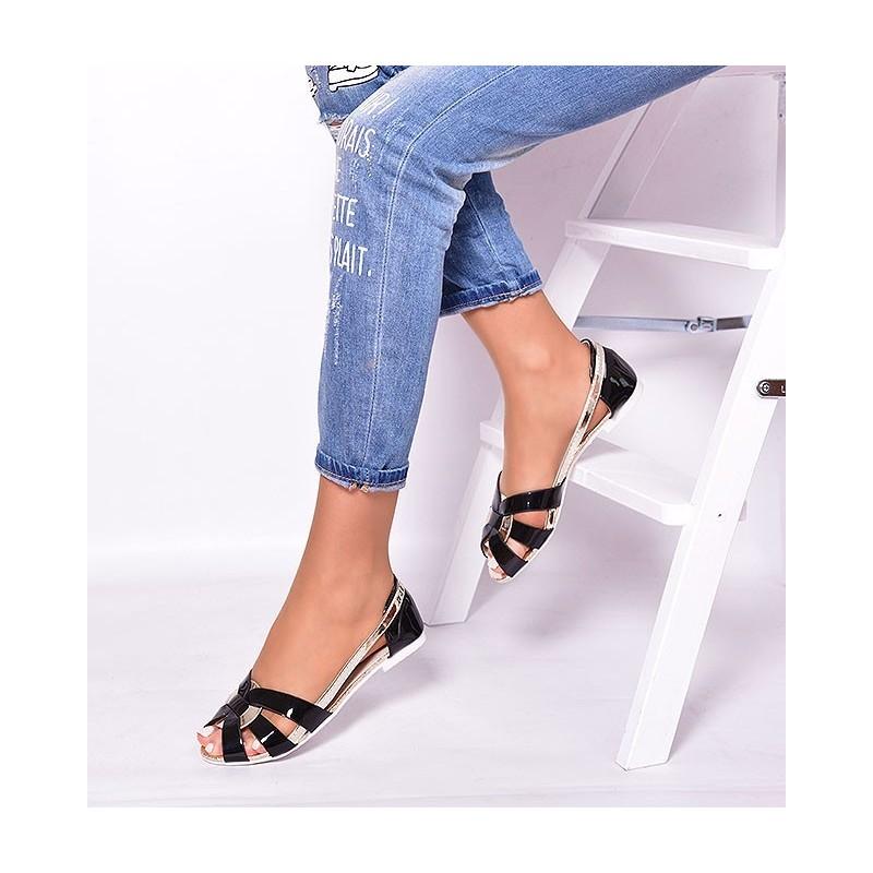 51d3cf1c9d Predchádzajúci. Letné dámske sandále čiernej farby ...