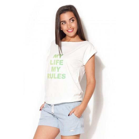 Dámske tričko v bielej farbe so zeleným nápisom