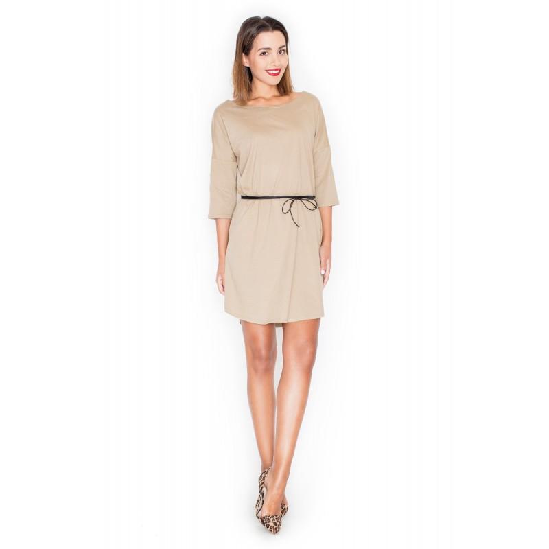 bf74c0185a85 Béžové moderné dámske šaty voľné s čiernym opaskom - fashionday.eu