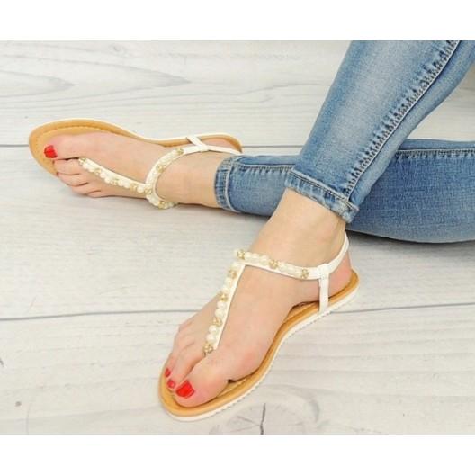 Dámske sandále bielej farby so žltými korálkami