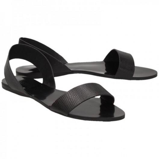 Nízke sandále pre ženy čiernej farby