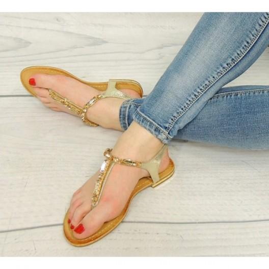 Letné dámske sandále v zlatej farbe