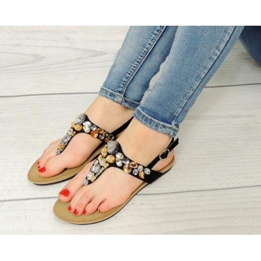 Štýlové dámske sandále čiernej farby s kamienkami