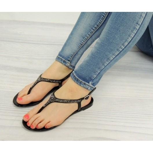 Dámske elegantné sandále v čiernej farbe