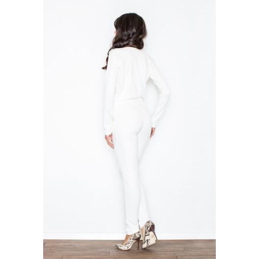Overal v bielej farbe s dlhým rukávom