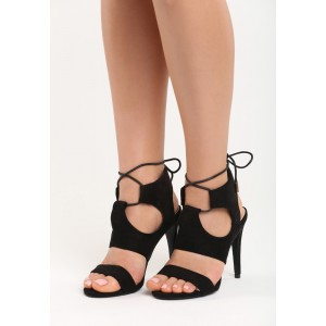SKLADOM 36 Sandále čierne na tenkom podpätku