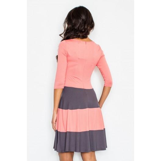 Elegantné šaty na svadbu ružovej farby s 3/4 rukávmi a sivými pásmi