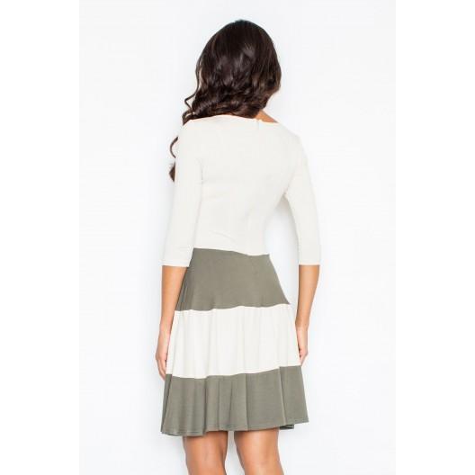 Dámske šaty koktejlove v bielej farbe s tmavo zelenými pásmi a 3/4 rukávmi