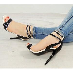 Spoločenské dámske sandále čiernej farby s dvojitým zapínaním