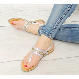 Dámske sandále v striebornej farbe so zapínaním na boku