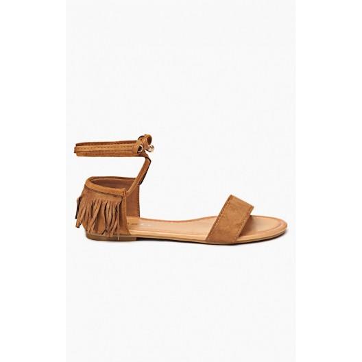 Dámske sandále v hnedej farbe so strapcami