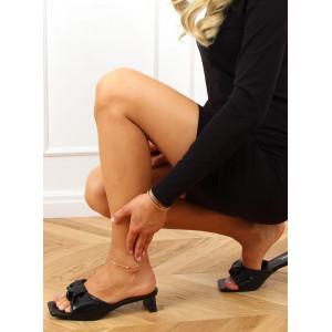 Moderné dámske čierne šľapky na vysokom opätku