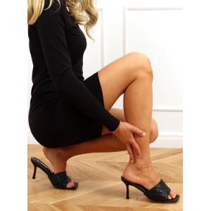 Elegantné dámske čierne šľapky na vysokom opätku