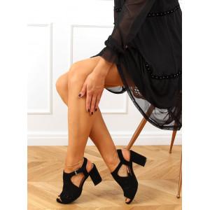 Elegantné čierne dámske sandále na vysokom podpätku