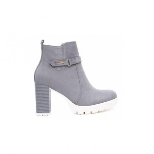 c5e1a8f339fe Elegantné členkové topánky v sivej farbe na jar - fashionday.eu
