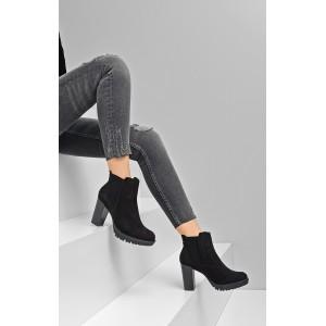 Dámske čierne topánky na vysokom podpätku s platformou