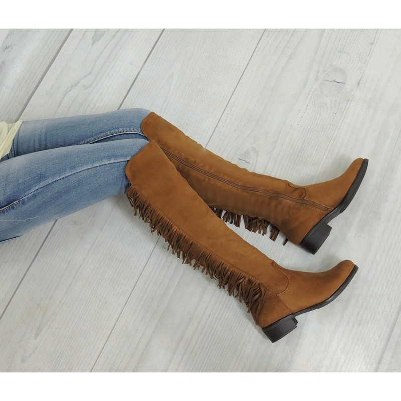 Zimné dámske zateplené čižmy v hnedej farbe so strapcami - fashionday.eu c13cc96121d