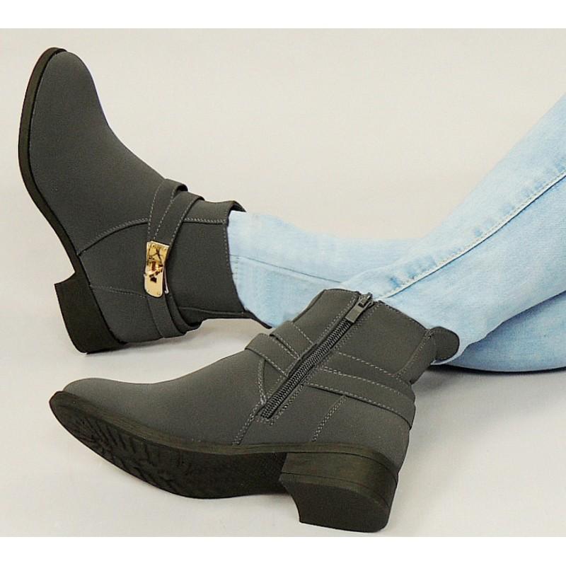 Teplá dámska členková obuv sivá s prackou na podpätku - fashionday.eu 09aad3e3228