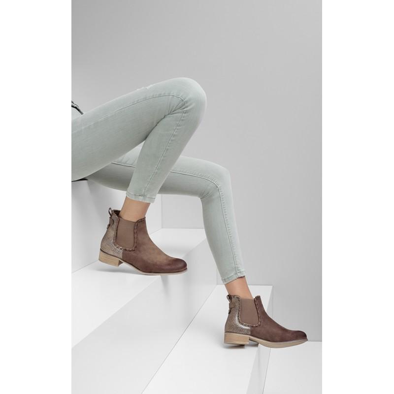 Predchádzajúci. Členkové topánky na jar v béžovej farbe nazúvacie ... 1b0e665031b