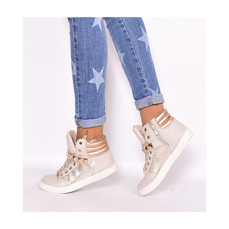 5d77115496 Športové dámske kotníkové topánky béžovej farby s prackami ...
