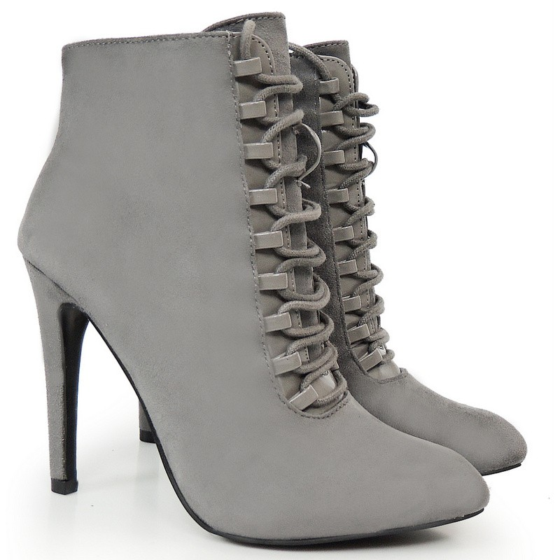 3f056eea06c0 Dámske členkové topánky na vysokom podpätku so šnúrovaním ...