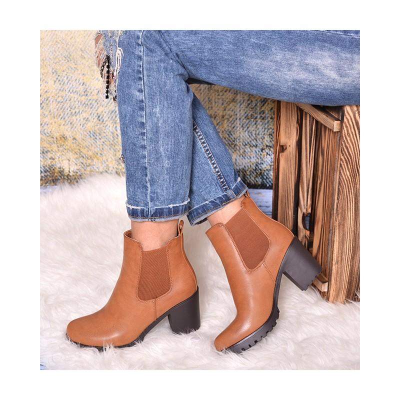 d4b1288442 Jesenné kotníkové dámske topánky s hrubým podpätkom - fashionday.eu