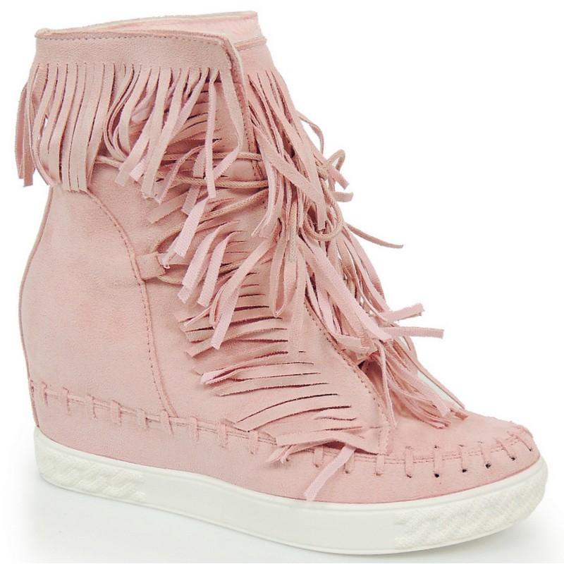 99bc68adb07f Dámske členkové topánky na vysokom opätku so strapcami - fashionday.eu