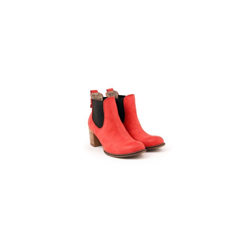 Predchádzajúci. Dámske kožené kotníkové topánky červenej farby ... b866d750888