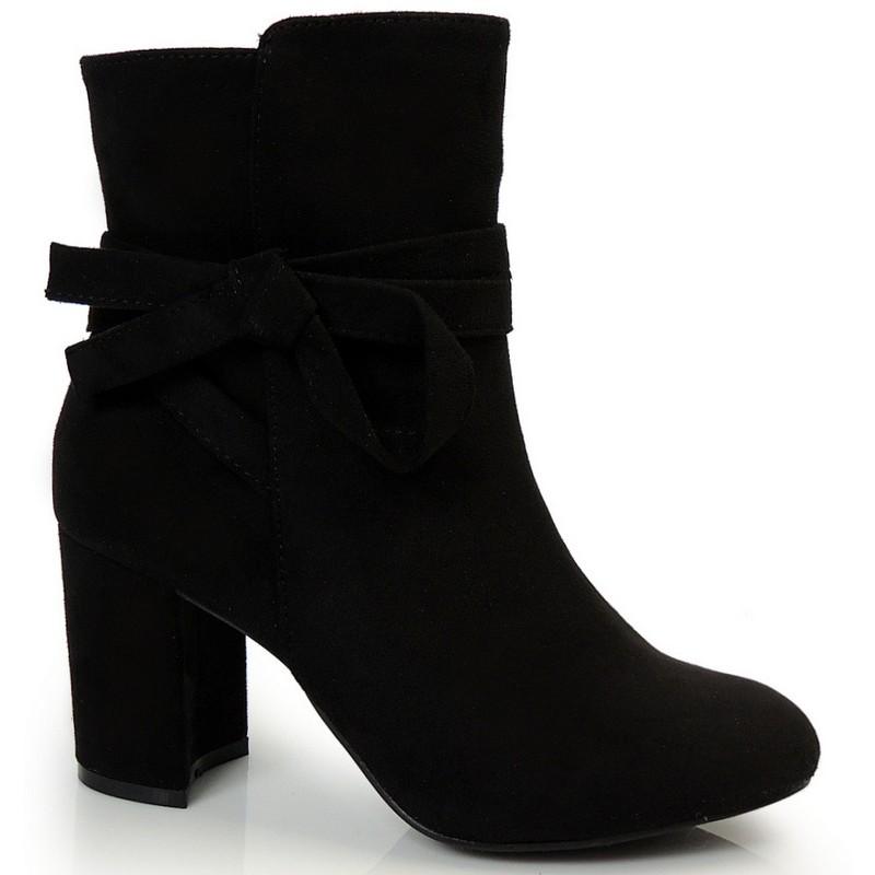 Predchádzajúci. Zimná dámska členková obuv na podpätku čiernej farby ... 701f4fd47b0